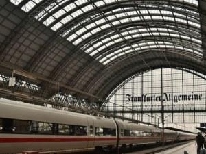 Сигнал за бомба! Евакуираха 500 пътници от високоскоростен влак във Франкфурт