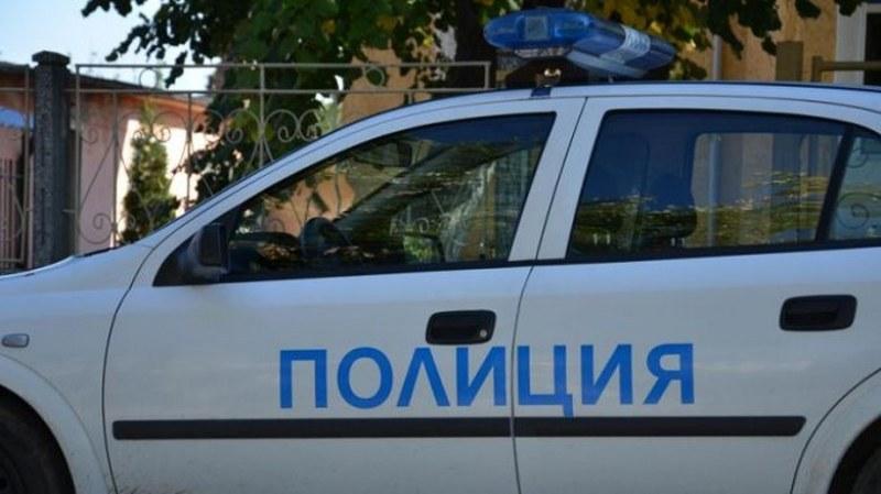 Мъж скочи от блок в Бургас, загина намясто
