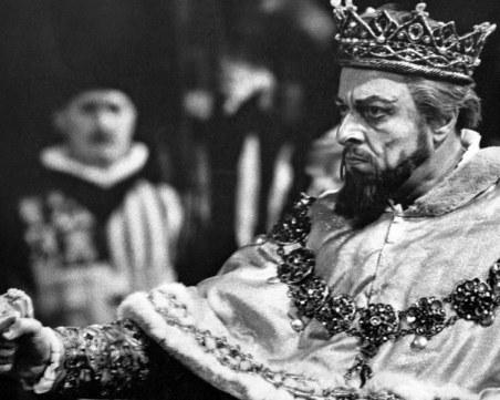 Най-великият бас в света Борис Христов никога не получава разрешение да пее в операта в София СНИМКИ