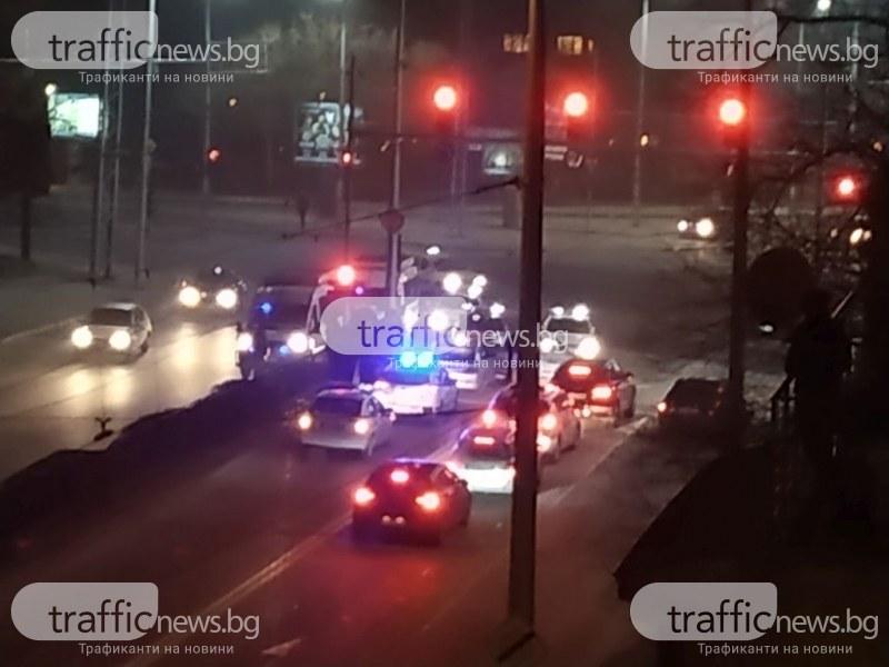 44-годишен шофьор е блъснал патрулка снощи в Пловдив, бягал от проверка СНИМКИ
