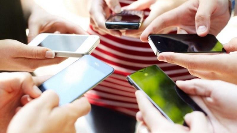 Правят смартфон с 1 ТB памет