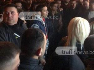 Акция на полицията в Столипиново! Има бити, на мястото се събра огромна тълпа СНИМКИ+ВИДЕО