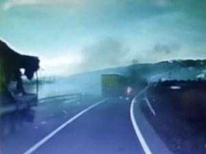 Български тираджия загина в Румъния след челен удар с друг камион ВИДЕО