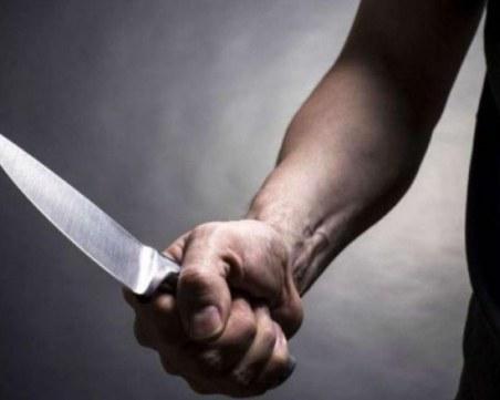 Жена наръга половинката си с кухненски нож, мъжът е с опасност за живота