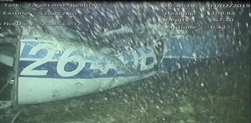 Има човешко тяло в самолета на Сала на дъното на Ла Манша ВИДЕО И СНИМКИ