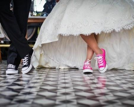 Двама родители бяха глобени с по 1000 лева, оженили сина си за 15-годишна