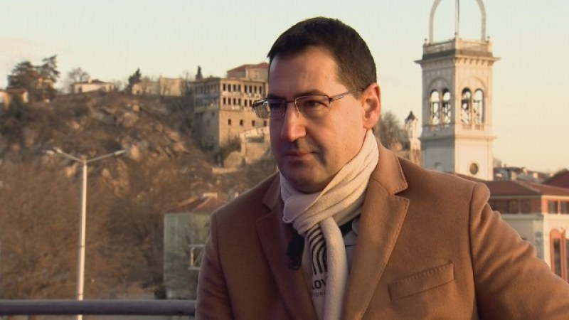 Иван Тотев: Няма да си вдигам заплатата, никак не ми е ниска