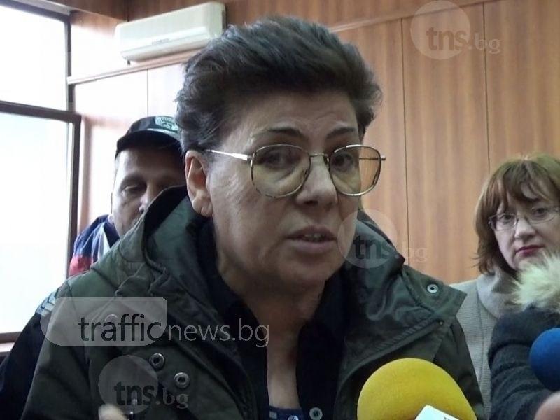 ВКС отмени присъдата на Ройдова. Възможно ли е обвиненията  за 6 поръчкови убийства да се окажат съшити с бели конци?
