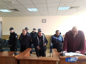 Дилърът Кадри и компания, заловени в Столипиново, остават окончателно в ареста ВИДЕО