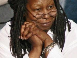 След расисткия скандал... Упи Голдбърг защити Лиъм Нийсън