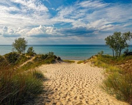 Мисия (не)възможна: Министър Димов ще възкресява разорана дюна