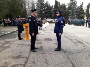 96 полицаи се заклеха! И се вляха в редиците на колегите си СНИМКИ
