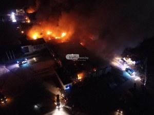 Голям пожар във Войводиново, облакът от дим е огромен! ВИДЕО