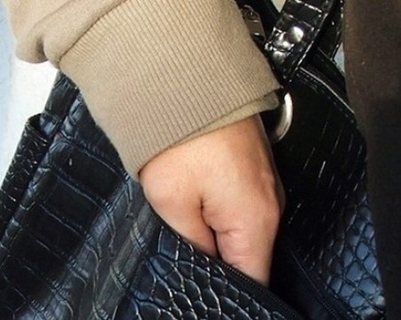 Арестуваха асеновградчанин, обрал пенсионерка в магазин