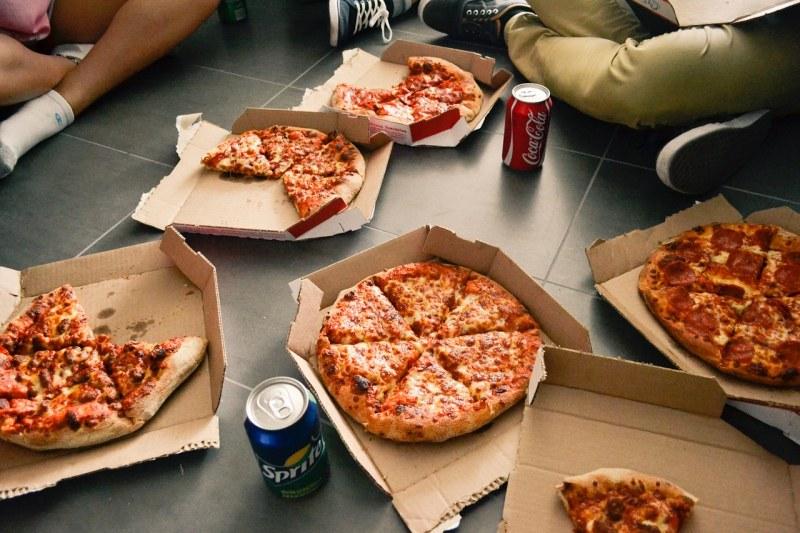 Вместо да готвим, поръчваме! 10% от храната за вкъщи – онлайн