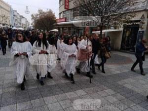 Червено вино ще се лее в центъра на Пловдив! Дионисиевото шествие тръгва по Главната