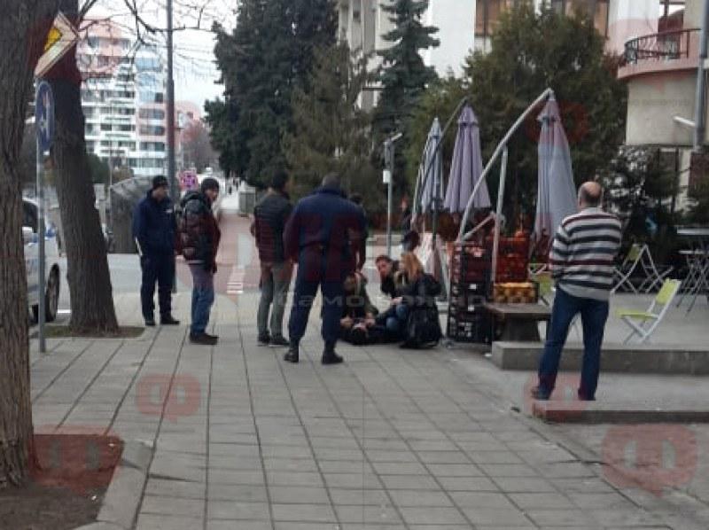 Двамата, намерени в безпомощно състояние в Бургас, се оказаха братя близнаци