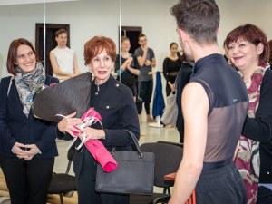 Легендарна кубинска хореографка работи с балета на пловдивската опера СНИМКИ
