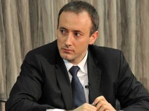 Министър Вълчев: Купоните за храна на една цена