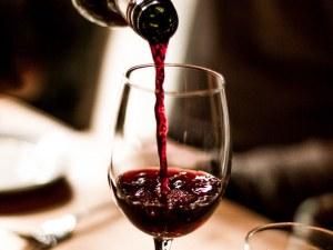 Винопроизводители мерят сили в Раковски! Избират Царя на виното
