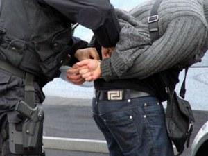 Зрелищен арест в Тракия! Цивилни полицаи едва удържаха пищящ и съпротивляващ се младеж