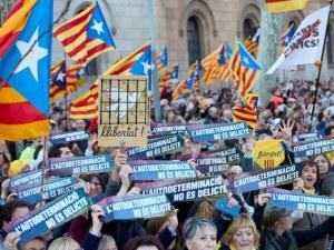 Стотици хиляди души се вдигнаха на протест в Барселона