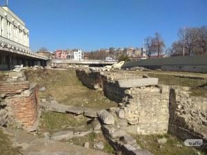 Проектират и останалата част от древния Форум в Пловдив, завършват ринга на площада СНИМКИ