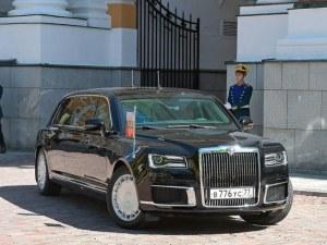 Бронирана, барната, бляскава… Скъпата лимузина на Путин