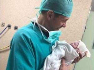 Футболен фен пожела тежка болест на новороденото дете на Чоло Симеоне и смъртта му