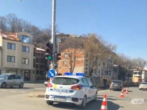 Кола помете жена в центъра на Пловдив, пострадалата е в болница СНИМКИ