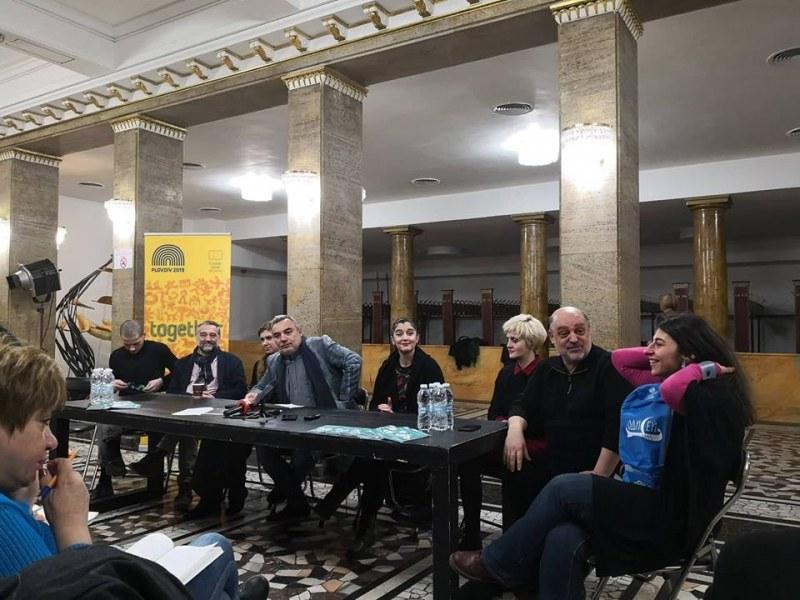 Пловдивският театър вади мегапремиера на