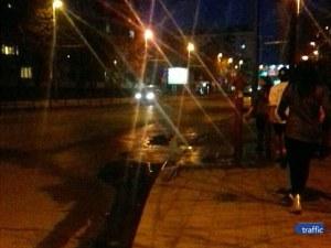 ВиК авария на булевард в Пловдив, от пожарен кран извира река