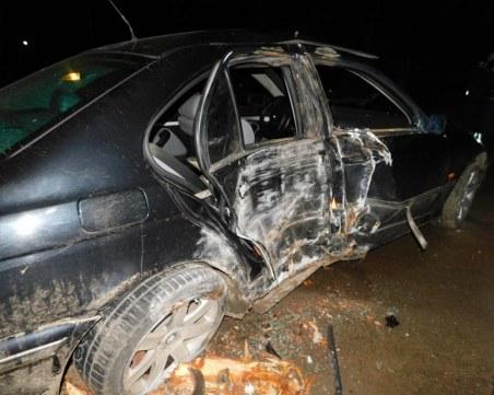 Две момчета в кома – чупят стъкла на коли, бягат от полицията, катастрофират СНИМКИ