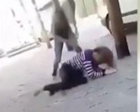 15-годишна преби друга ученичка! Записът е разпратен до всички от училището на побойничката