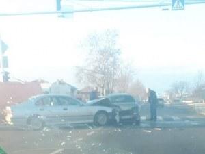 Катастрофа в Граф Игнатиево! Движението към Пловдив е затруднено СНИМКА