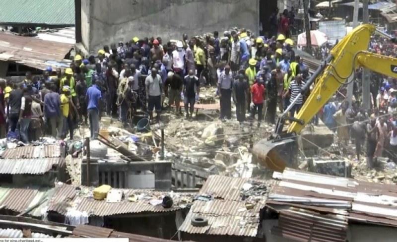 Извадиха 37 души изпод руините на срутилото се училище в Нигерия