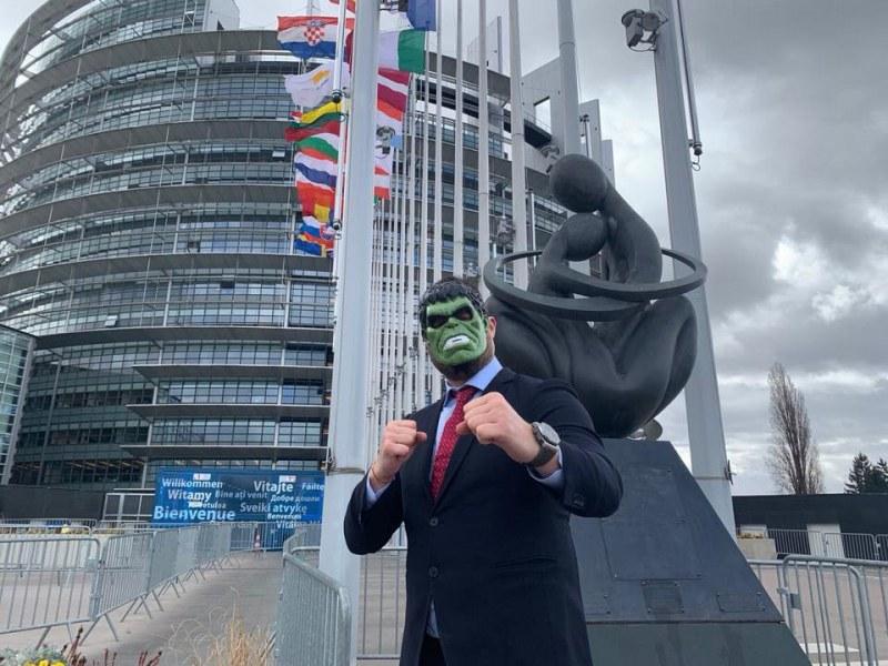 Бареков – евродепутат за чудо и приказ! You talking to me?