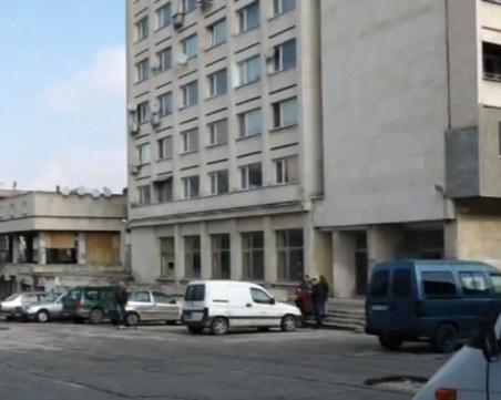 Жилищата в бившата сграда на АОНСУ в Русе – на промишлен ток!?