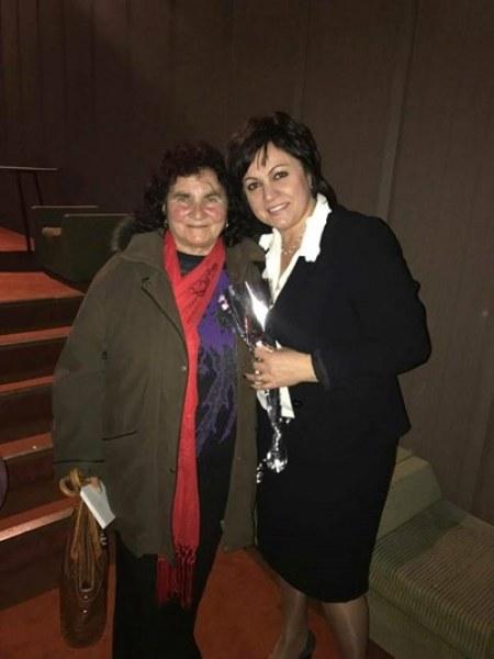 Майката на Корнелия Нинова – член на партията на щерката
