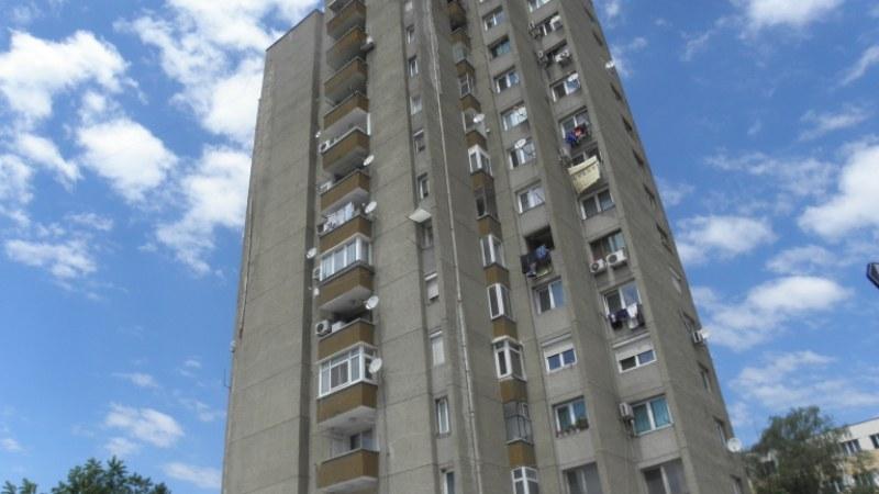 Пенсионерка държи цял блок без парно в Пловдив! Не пуска вкъщи