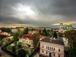 Местните тук са много готини, гостоприемни… Ryanair хвали България