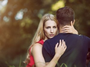 Как да привлечете мъж в живота си? Жената винаги избира, а мъжът – завоюва...