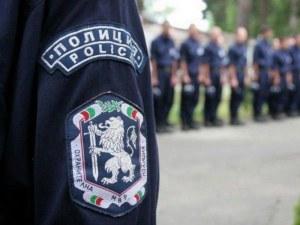 Задържаха 27 нелегални мигранти в товарен вагон в Пловдив