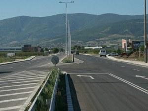 Без сеч на дървета и велоалея по основна пътна артерия в Пловдив!