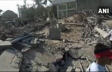 Срутване на жилищен блок в Индия – има жертви и стотици затрупани ВИДЕО