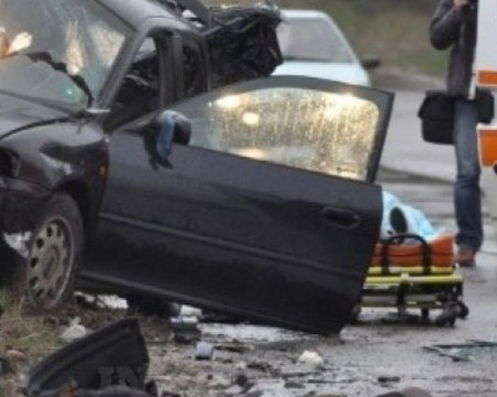 Две жертви след верижен ад край Омуртаг. Пътят София-Варна – блокиран!