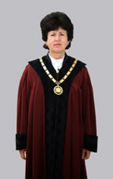Екс конституционният съдия Стефка Стоева оглави ЦИК