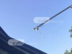 25-годишен шофьор се заби в стълб на преброителна камера край Калояново