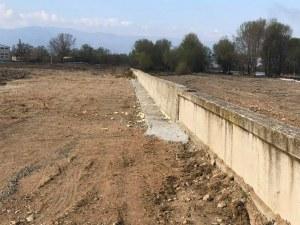 Възстановиха подпорната стена на река Чая край Катуница СНИМКА