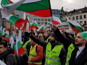Българските тираджии тръгват със самолет срещу пакета